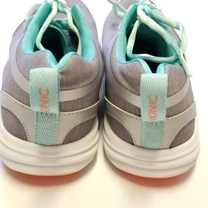 Vionic Shoes - Vionic Orthotic Mesh Lace-Up Sneakers